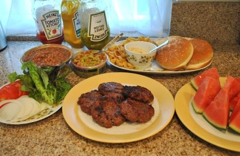 ハンバーグの夕食