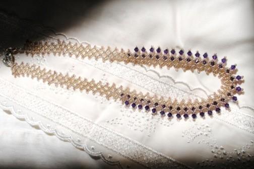 lace up necklace