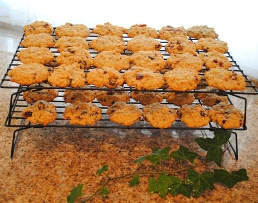 4 dozens cookies