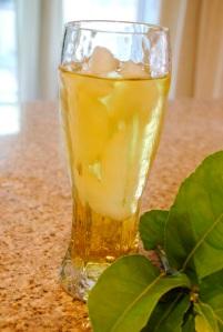 ice lemon leaf tea