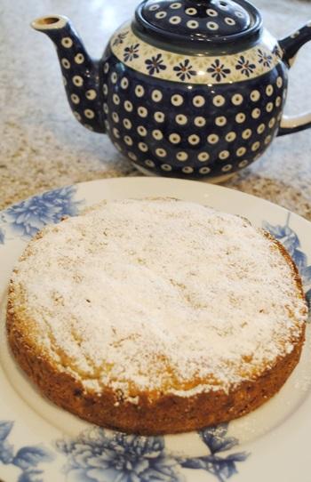 rum rasin apple cake